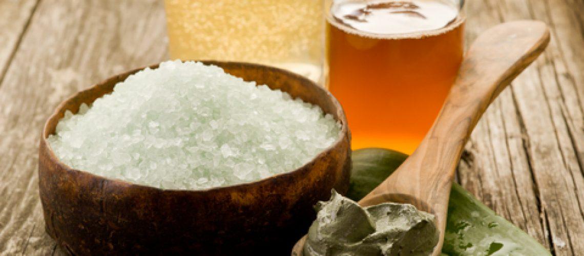 bath minerals mud and oil massage